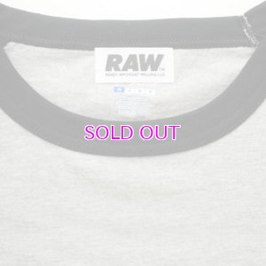 画像3: RAW BIG LOGO 5.2 OZ. RAGLAN T-SHIRT