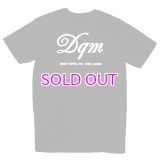 DQM POCKET LOGO TEE